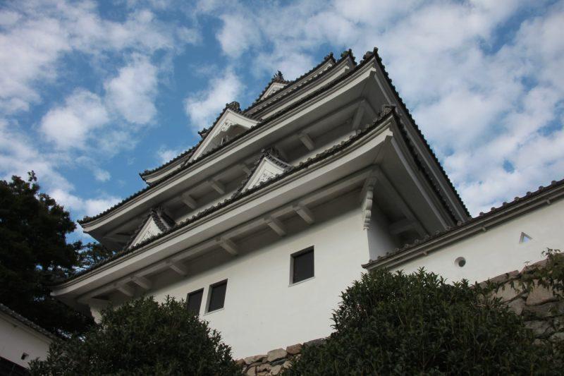 Gujohachiman Castle