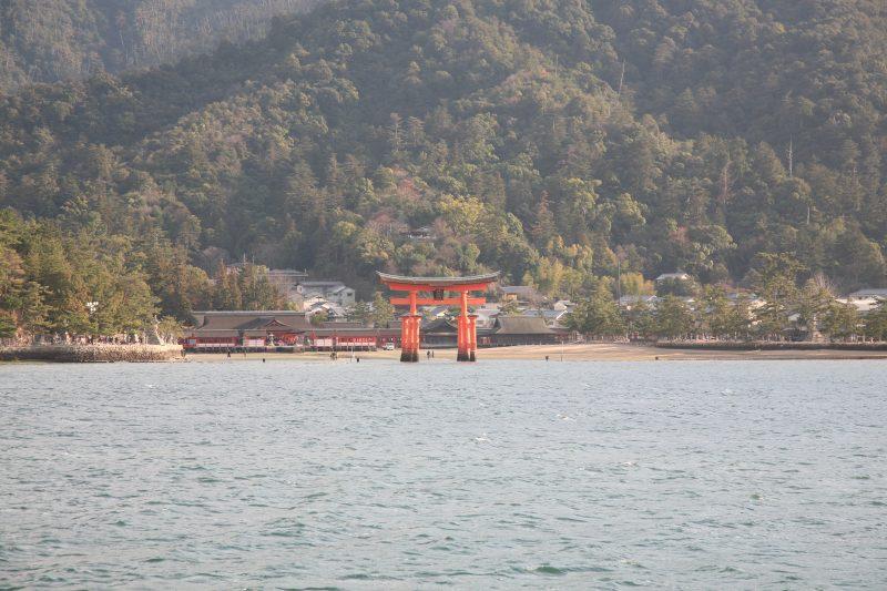Grand shrine gate
