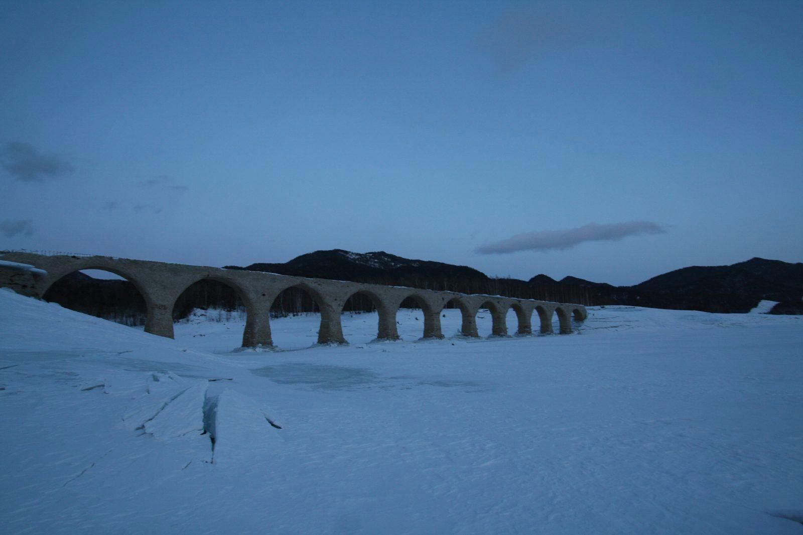 冬のタウシュベツ橋梁