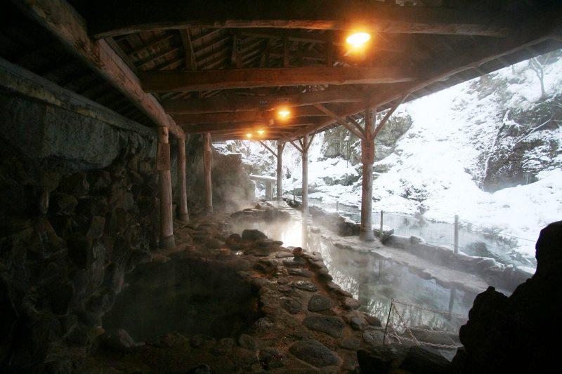 作並温泉「岩松旅館」