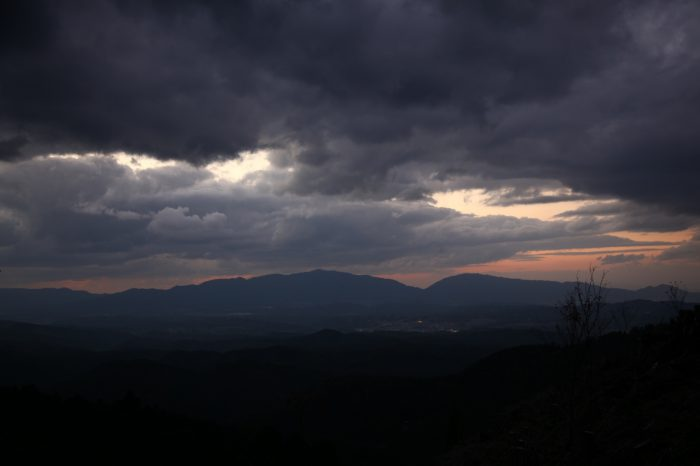 日本の夕方の風景「奈良 吉野」