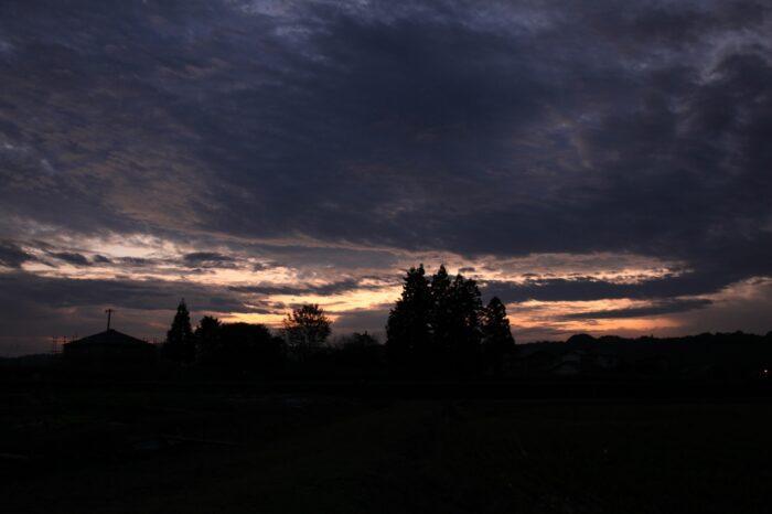 日本の夕方の風景「静岡 遠江一宮」