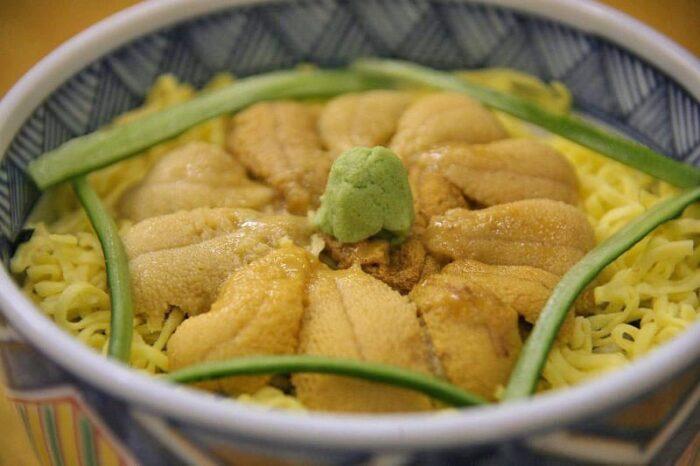 北海道のウニ丼