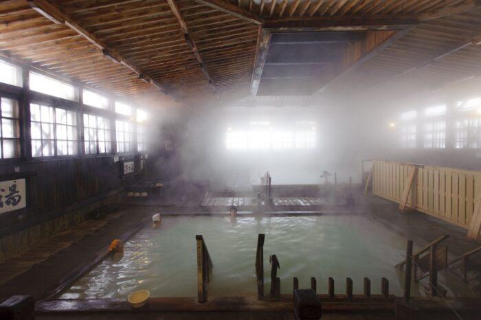 酸ヶ湯温泉(画像提供:青森県観光連盟)