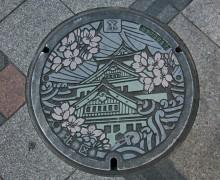 足元にもアートがある日本