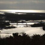 唐川城跡展望台から十三湖を望む