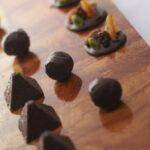 プロが選ぶショコラトリー厳選3ブランドのチョコレート7種を堪能! フレンチフルコース「menu de chocolat(ムニュ・ショコラ)」予約受付中