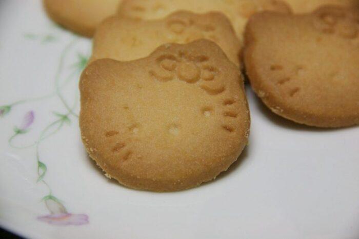 ハローキティ びわクッキー