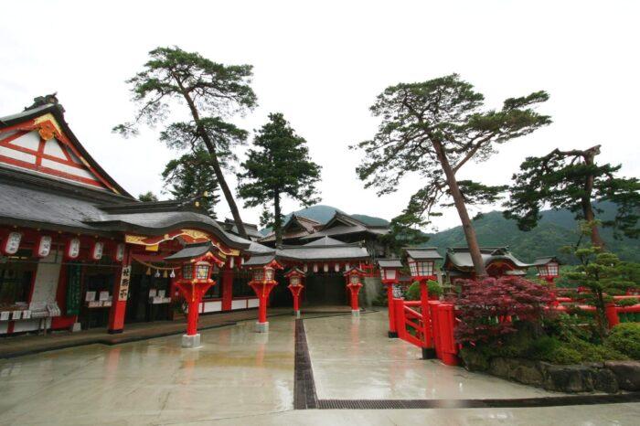 太鼓谷稲成神社