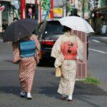 川崎大師 参道にて