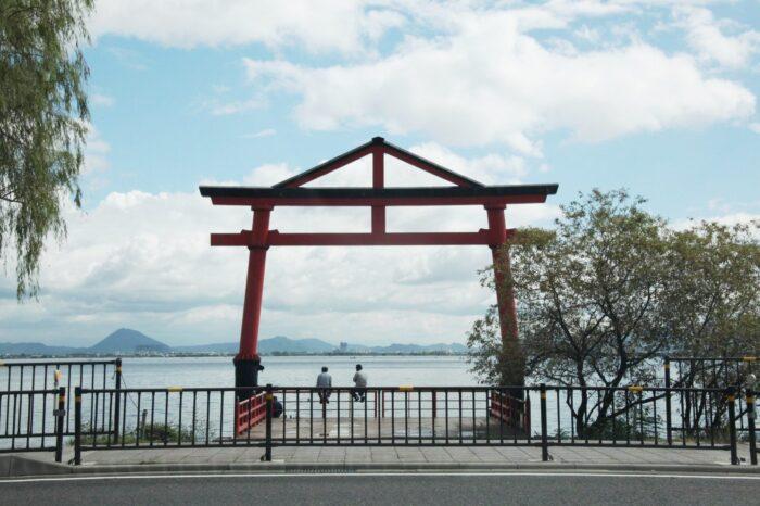 琵琶湖畔の山王鳥居