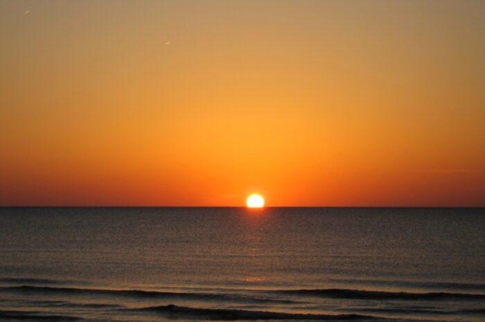 千里浜の夕日