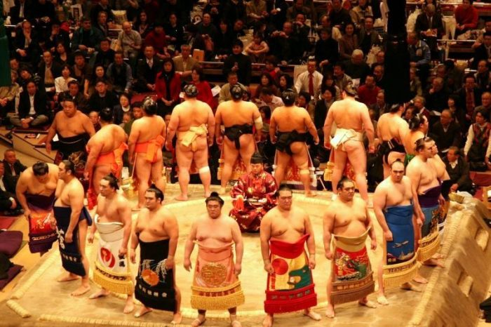 大相撲の土俵入り