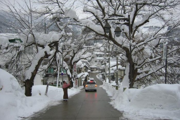 日本各地の冬の風景「長野 野沢温泉」