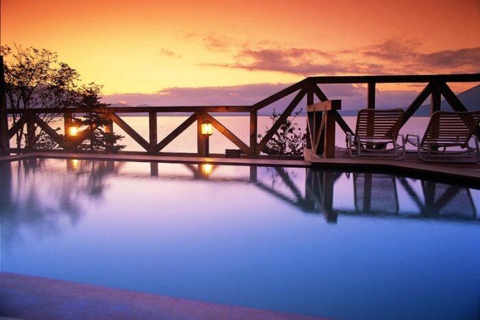 丸駒温泉旅館 露天風呂からの眺め