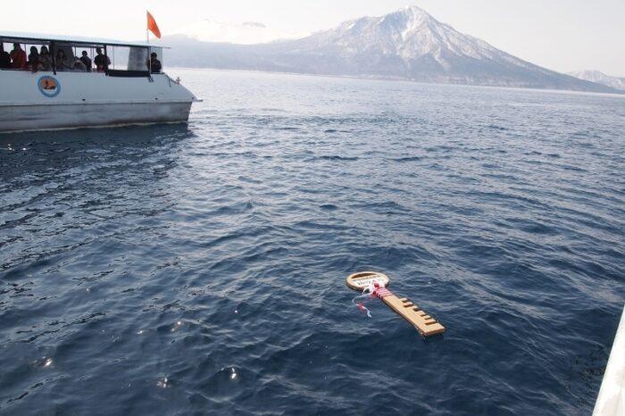 支笏湖湖水開き