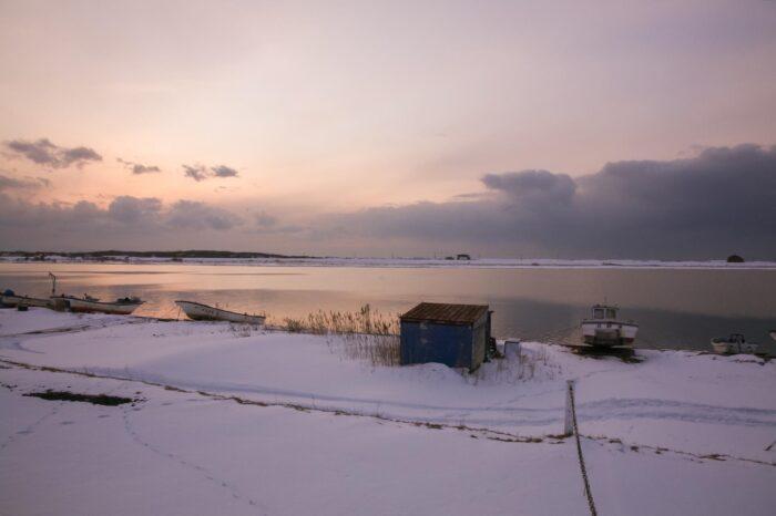 冬の北海道 三月の石狩川の風景
