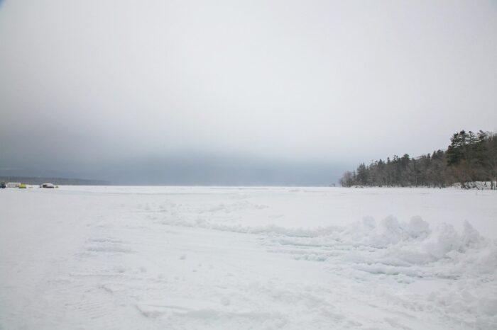 冬の北海道 三月の阿寒湖の風景