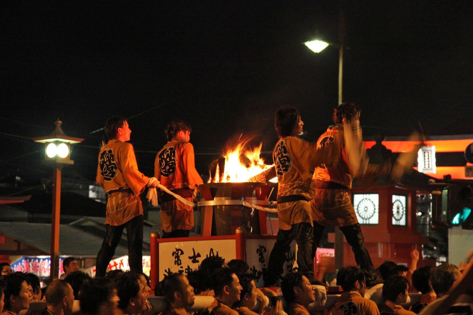 富士山御神火祭り