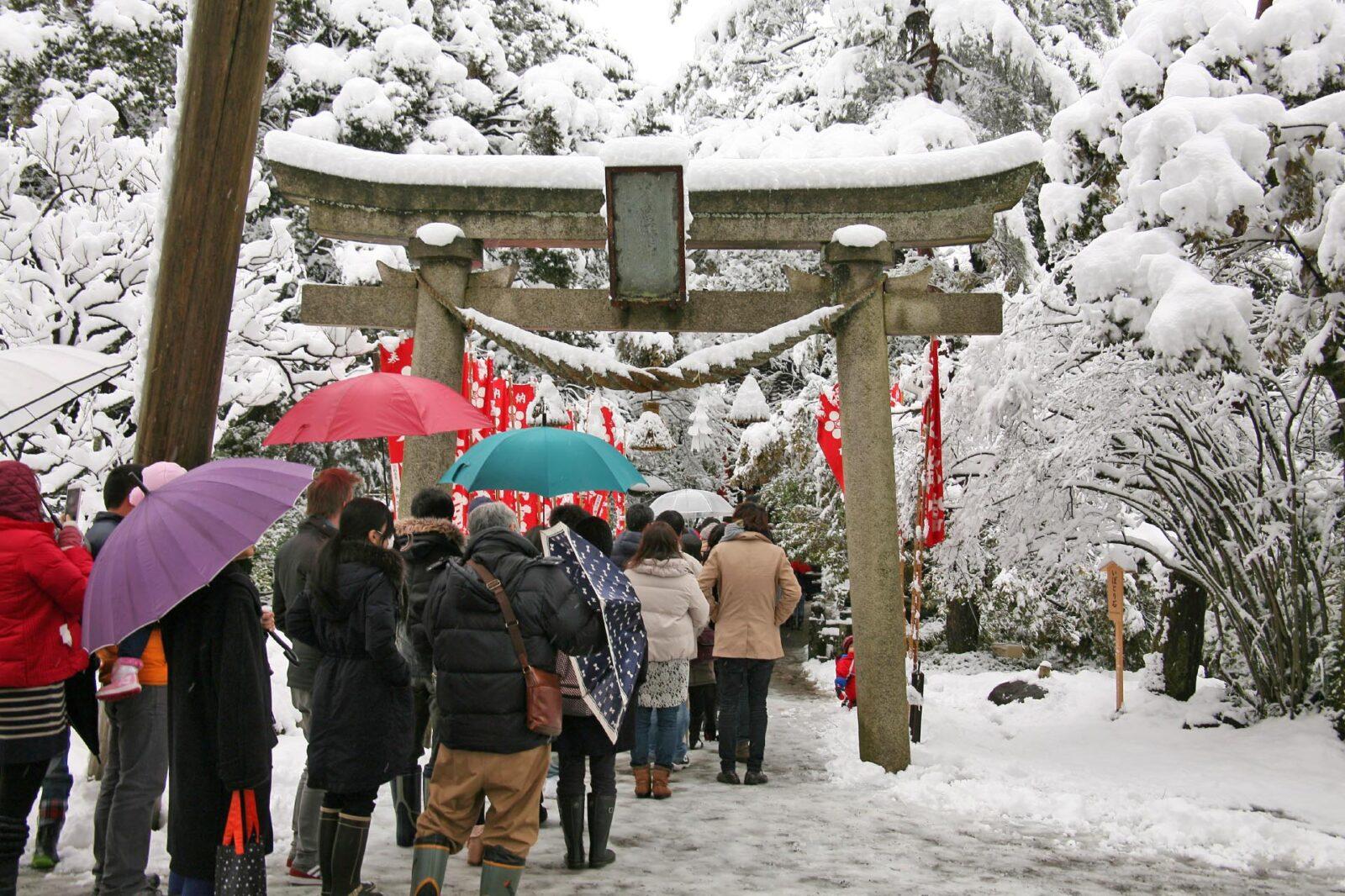 雪の金澤神社