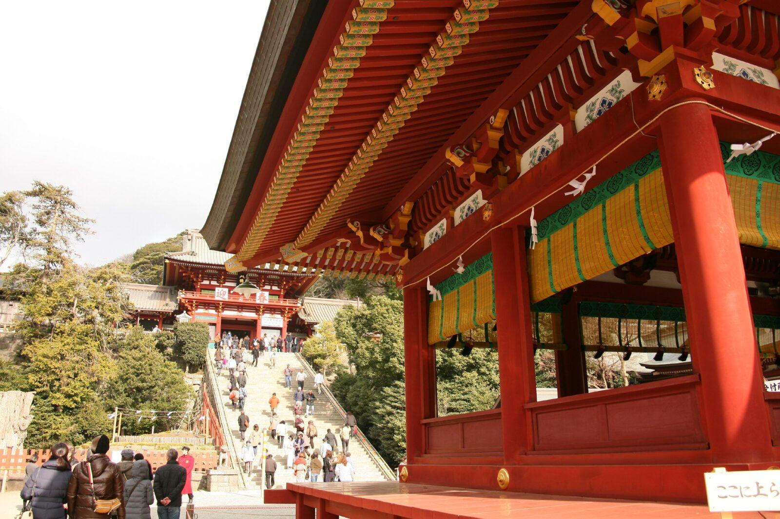 正月の鶴岡八幡宮